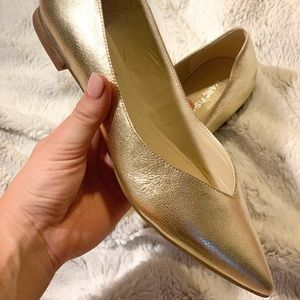 Marc Fisher pointed toe flats